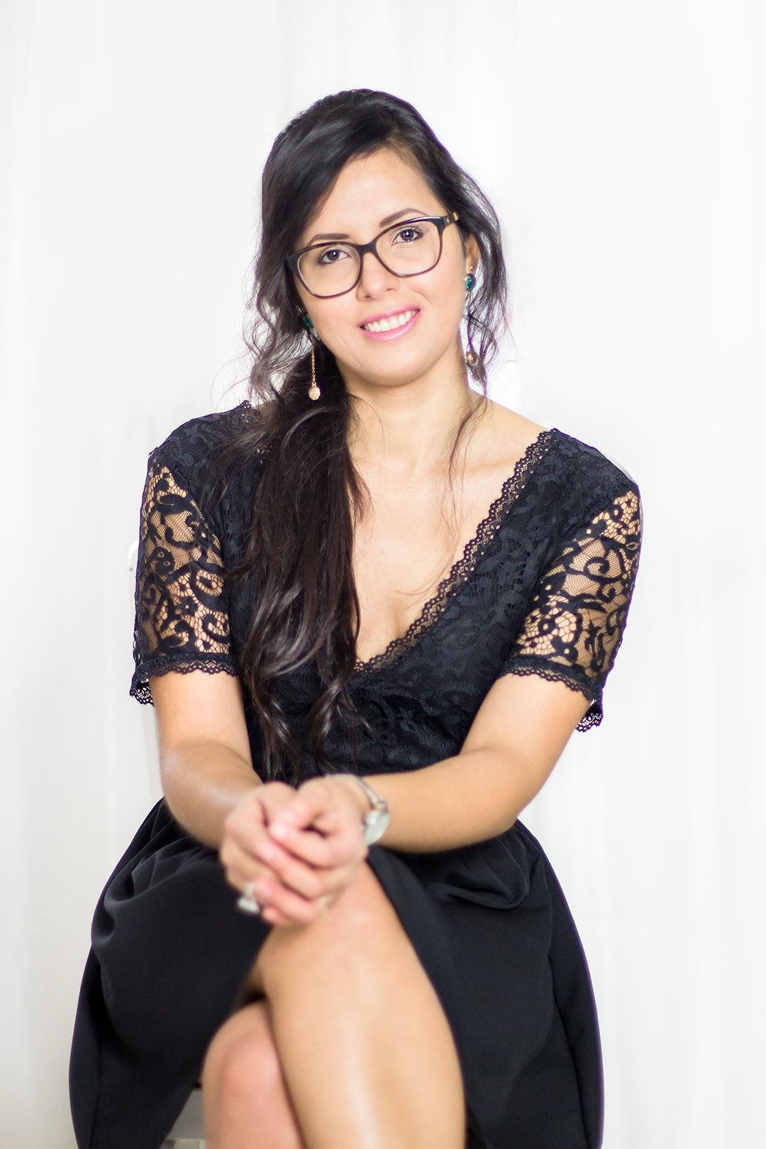 Karla Caloca: Servicios de diseño de identidad y web para emprendedores y creativos